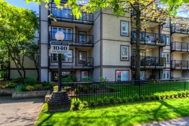 Mariner Mews   --   1040 EAST BROADWAY, VANCOUVER  - Vancouver East/Mount Pleasant VE #4