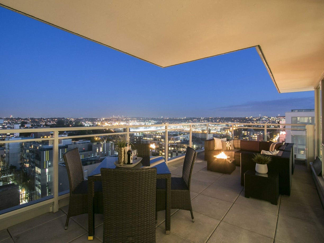 PENTHOUSE 8 - 188 Keefer Street - Mount Pleasant VE Apartment/Condo for sale, 2 Bedrooms (10173105) #1