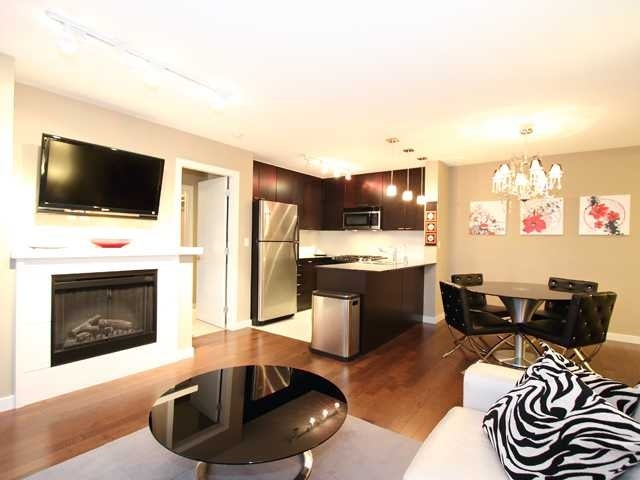 1708 - 39 6th Street, New Wesminster, Downtown - Dwontown Apartment/Condo for sale, 2 Bedrooms (R2386718) #1